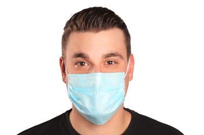 Mund- und Nasenmasken mit Komfortbügel zur Anpassung an die Nase